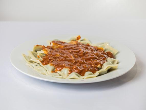 Ñoquis, tortelines o ravioles con salsa pomarola para 1 persona