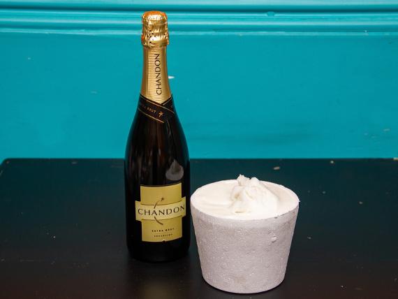 Promo - Champagne Chandon 750 ml + 1/2 kg helado de limón