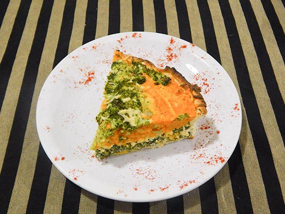 Tarta de calabaza, acelga y queso (porción)