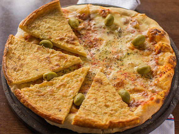 Promo 1 - Pizza con muzzarella (8 porciones) + 4 fainá