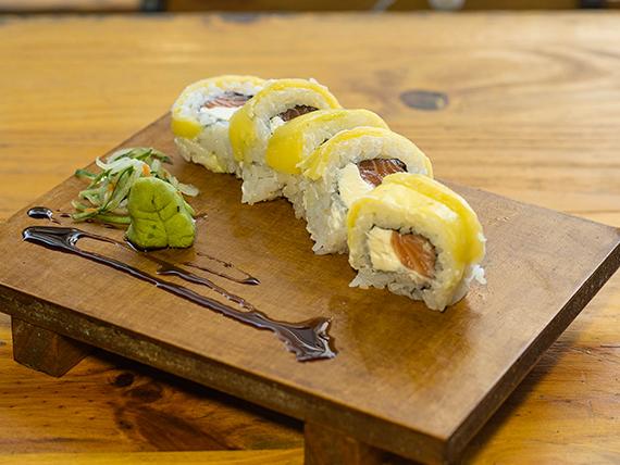 Salmón & mango roll