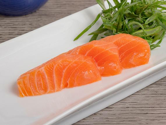 Sashimi de salmón (3 unidades)