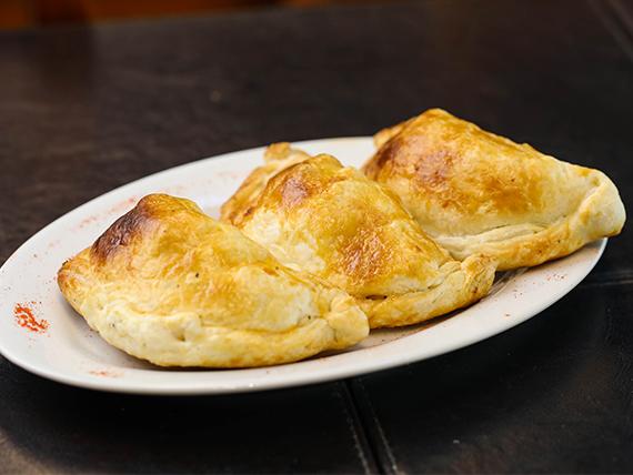 Menú - 3 empanadas + postre