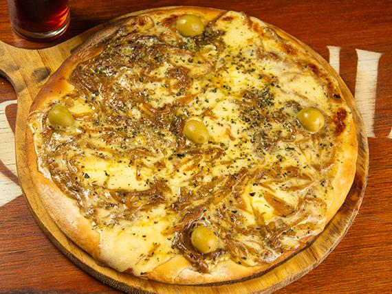 Pizza fugazza caramelizada