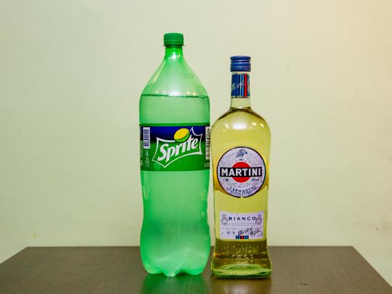 Promo 14 - Martini bianco 1 L + gaseosa Sprite 2.25 L