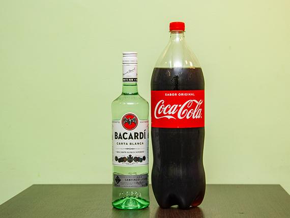 Promo 15 - Ron Bacardi blanco 750 ml + gaseosa Coca Cola 2.25 L