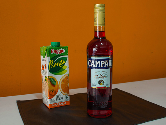 Combo 1 - Campari 750 ml + jugo Baggio de naranja 1 L
