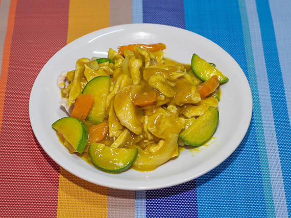54 - Pollo saltado al curry