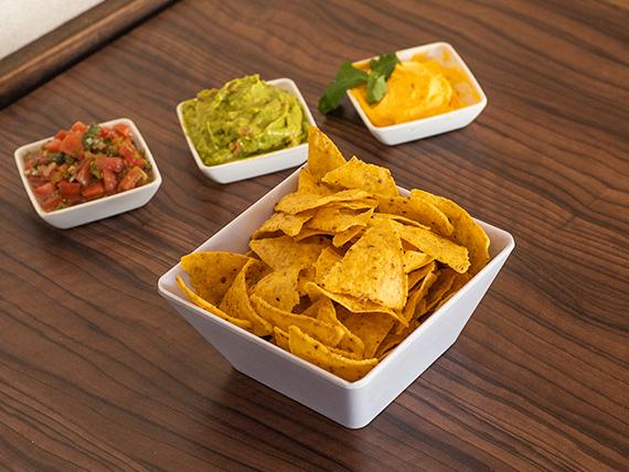 Nachos +  salsa