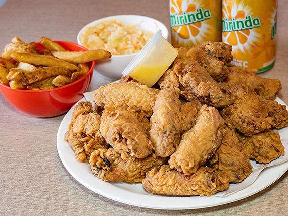 Combo Tom alitas - 10 alitas de pollo + 2 guarniciones + 2 bebidas en lata