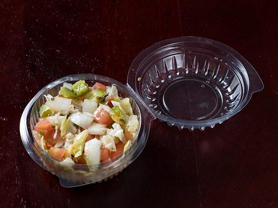 Porção de salada de vinagrete individual