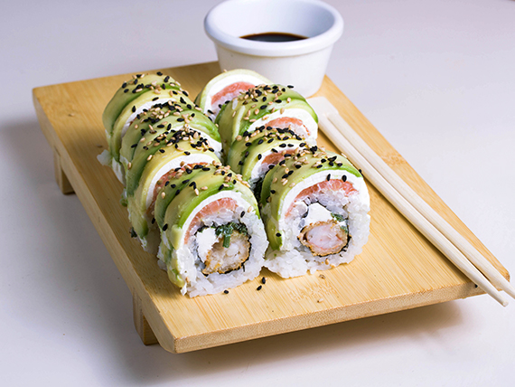 S6 - Ebi cheese special roll