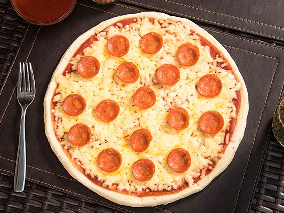 Pizza doble pepperoni mediana