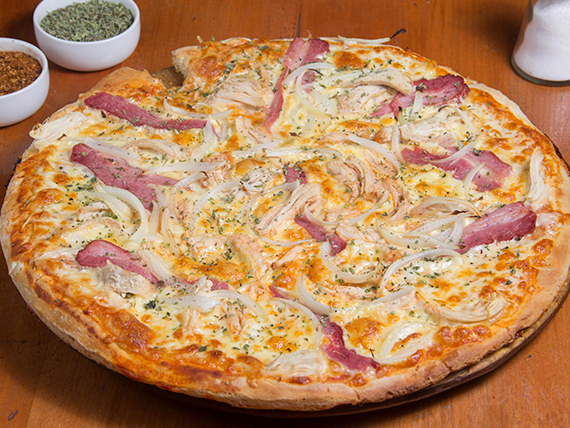 Pizza ave tocino