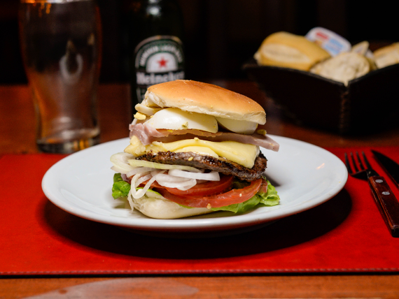Súper hamburguesa completa