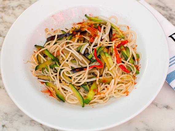 Spaghetti al wok de vegetales