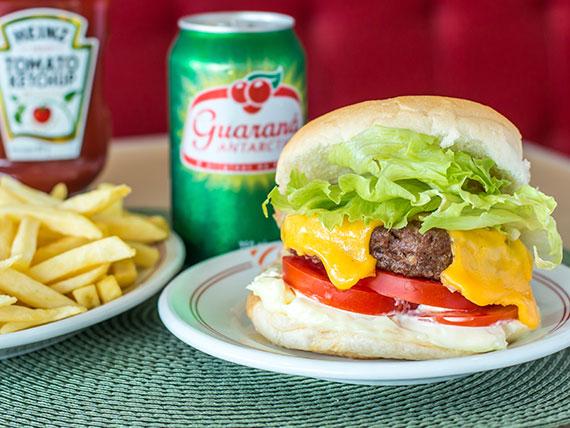 Trio 2 - cheese burguer de picanha salada ou cheese filé mignon salada + batata frita + suco ou refrigerante em lata