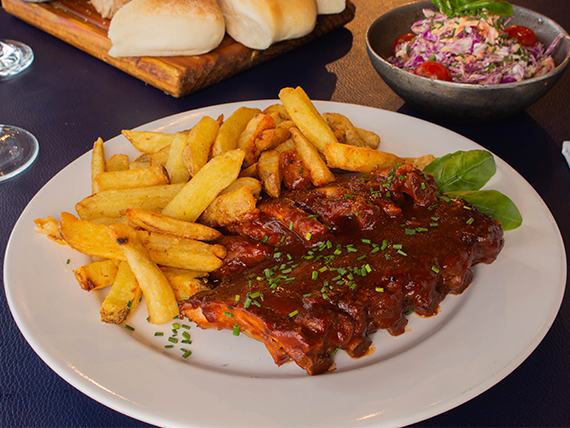 Ribs de cerdo laqueadas en salsa bbq
