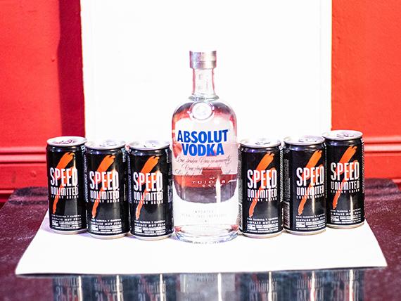 Promo 9 - Absolut vodka 750 ml + 6 Speed