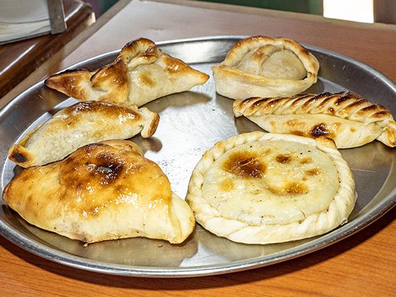 Promo 21 - 6 empanadas