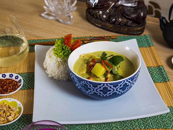 Curry verde de pollo