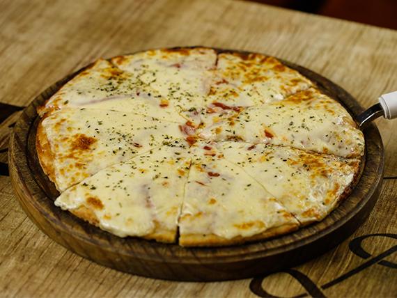 Pizzetas con muzzarella (6 unidades)