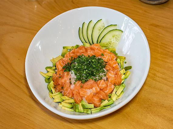 Sushi salad nikkei