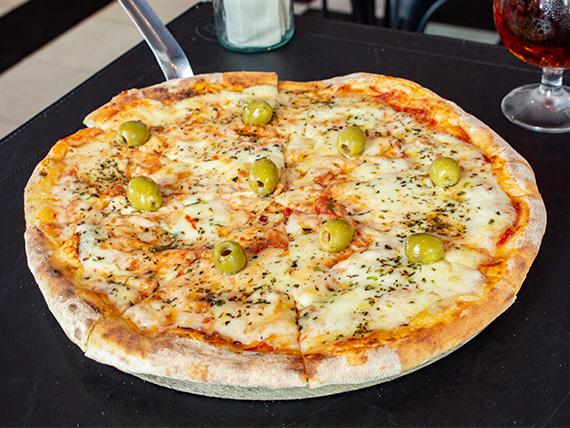 Pizza mozzarella sapore italiano