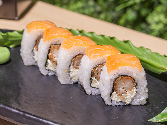 Uramaki Otaku roll (10 piezas)