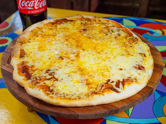 Promo - Pizza muzzarella + Coca Cola 1.5 L