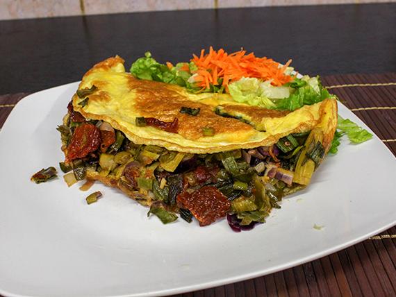 Omelette de espárragos y verdeo