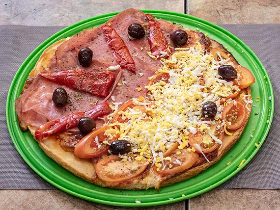 12 - Pizza con jamón y morrones