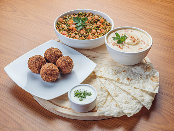 Promo 4 - Falafel (4 unidades) + Hummus (250 ml) + ensalada Tabule
