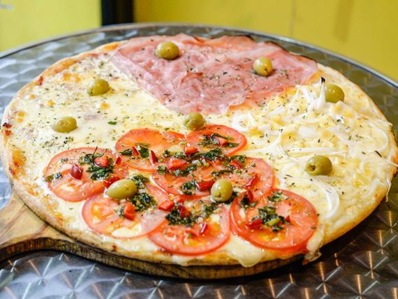 Promo 2 - Pizza recomendada 4 gustos + 6 empanadas
