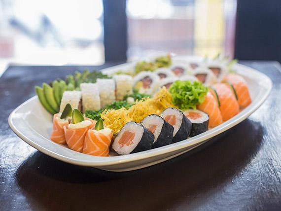 Combinado salmón (30 piezas)