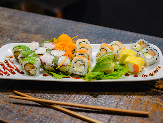 Tabla de sushi premium (15 piezas)
