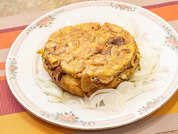 6 - Tortilla de papa y cebolla
