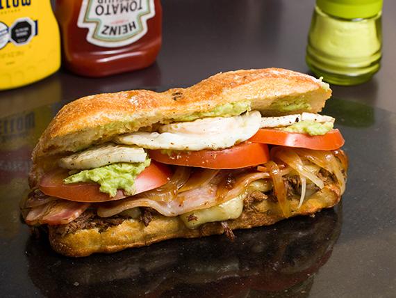 Sándwich churrasco venezolano