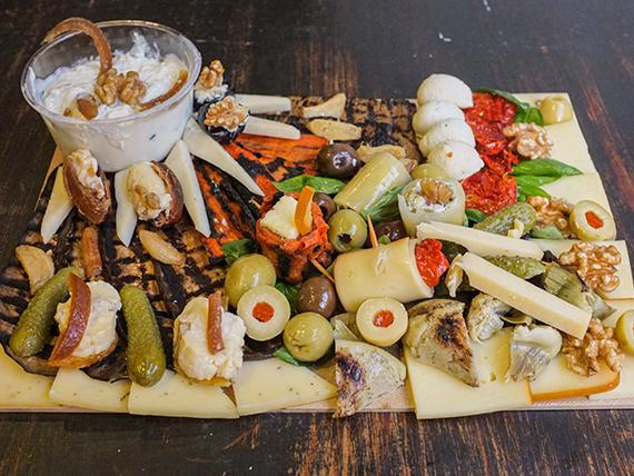 Tabla vegetariana Express (comen 2 personas)