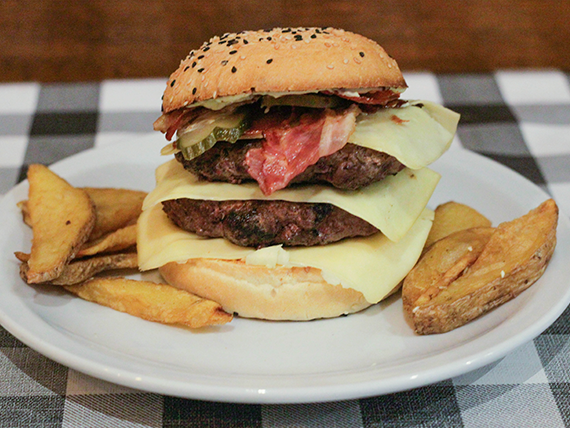La doble de Tarantino burger