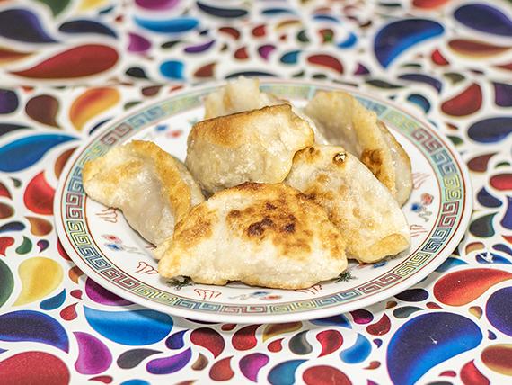 3 - Empanada china a la plancha (8 unidades)
