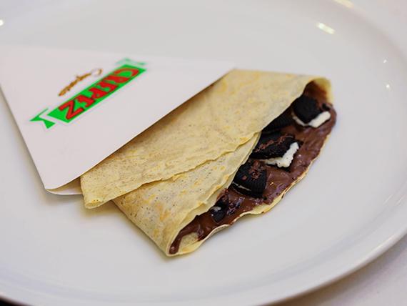 Crepe de Nutellla o dulce de leche y galletitas Oreo