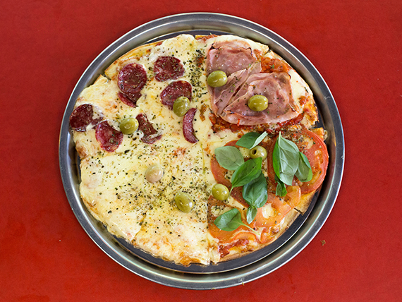 Pizza cuartos de final chica