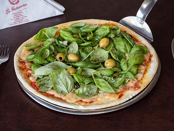 Pizza albahaca grande