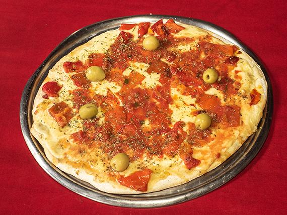 Pizza con morrones grande
