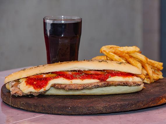 Sándwiche de milanesa napolitana