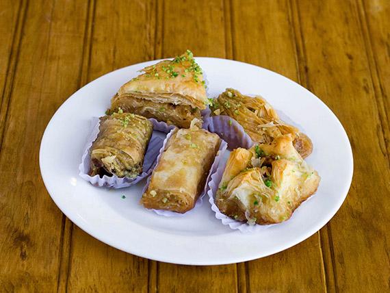 Bandeja de dulces árabes (5 variedades)