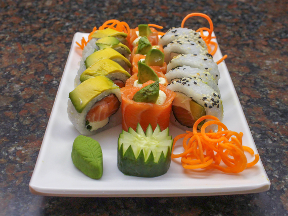 Promo 4 - 10 piezas de salmón + 5 geishas de salmón
