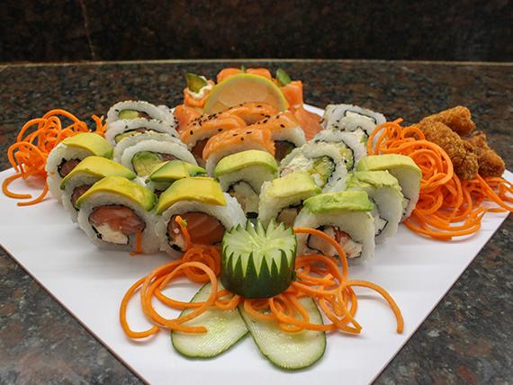 Promo 3 - 30 piezas de salmón y langostinos + langostinos rebozados (porción)