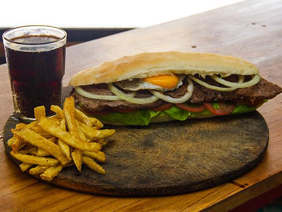 Sándwiche de lomito argentino